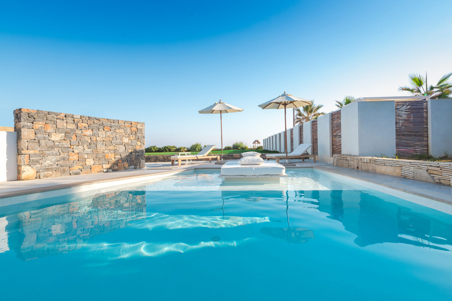 leisure suites near Heraklion
