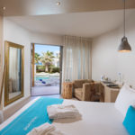 ROOM WITH SHARED POOL crete