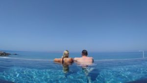 ΔΩΜΑΤΙΟ COOL WITH INFINITY POOL