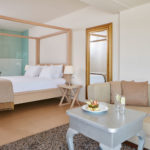 Room with in-room hydro massage bathtub Crete